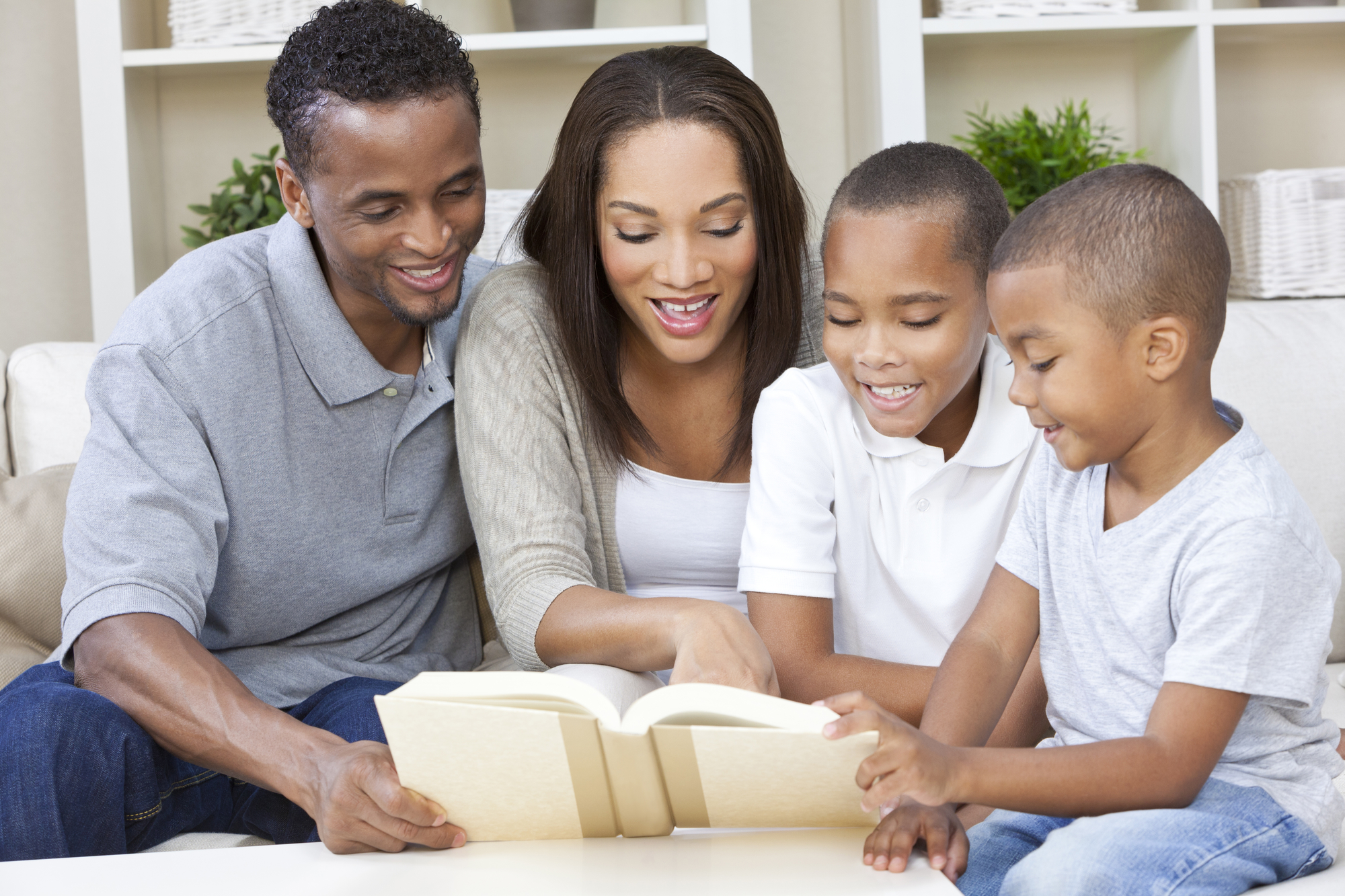 How Your Family Can Contribute To Your Child's College Fund